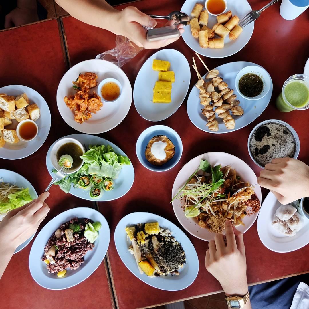Chamlong Asoke Restaurant Vegetarian