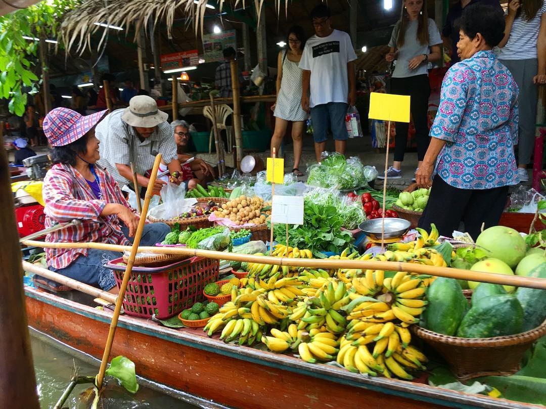Khlong Lat Mayom Floating Market Cheap Bangkok