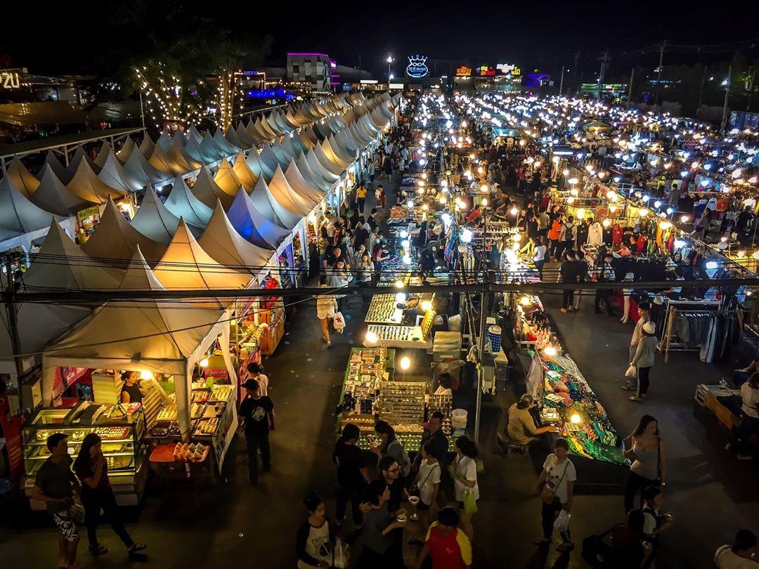 Indy Market Thailand Bangkok Pratunam Food